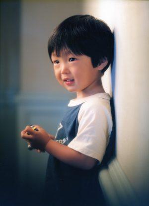 「2才記念」 近畿プロフォトコンテスト 入選 2003