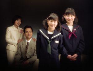 「二人の入学記念」 近畿プロフォトコンテスト 特選 2005